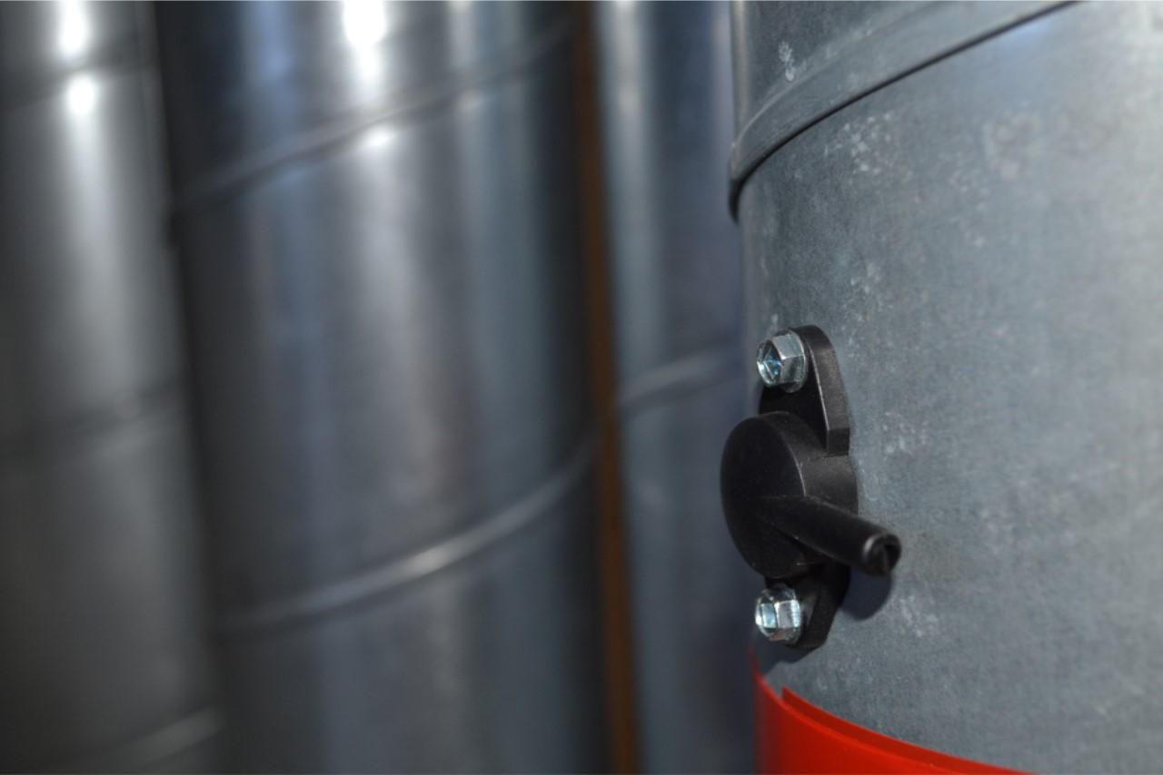 Trykudtag monteret i ventilationsrør